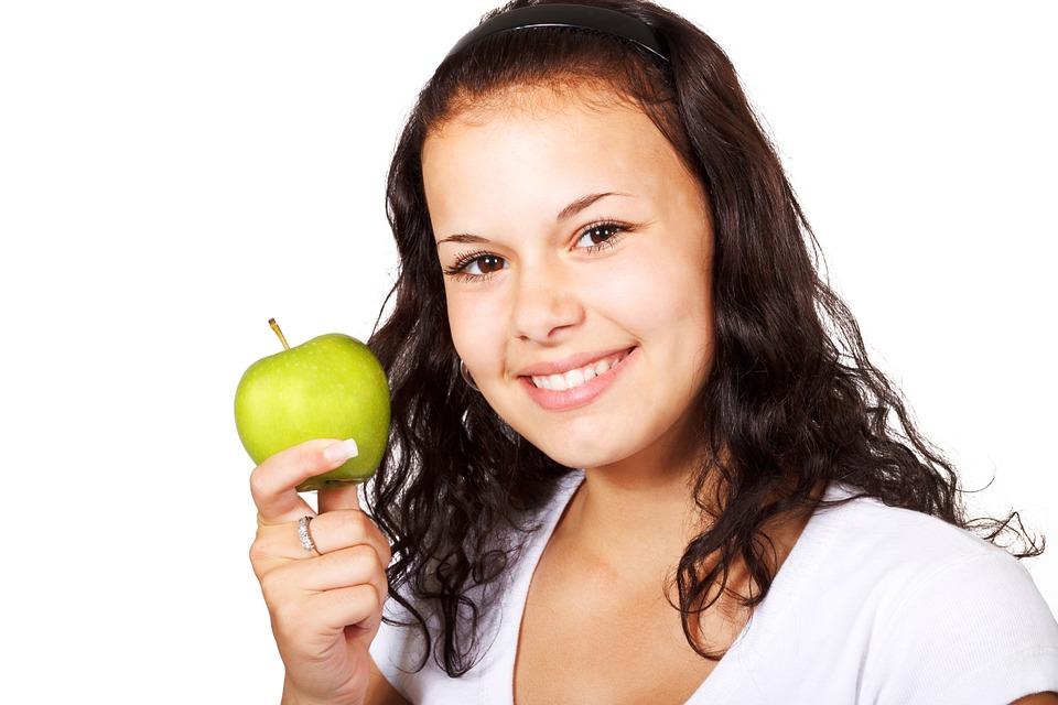 apple-18302_960_720.jpg