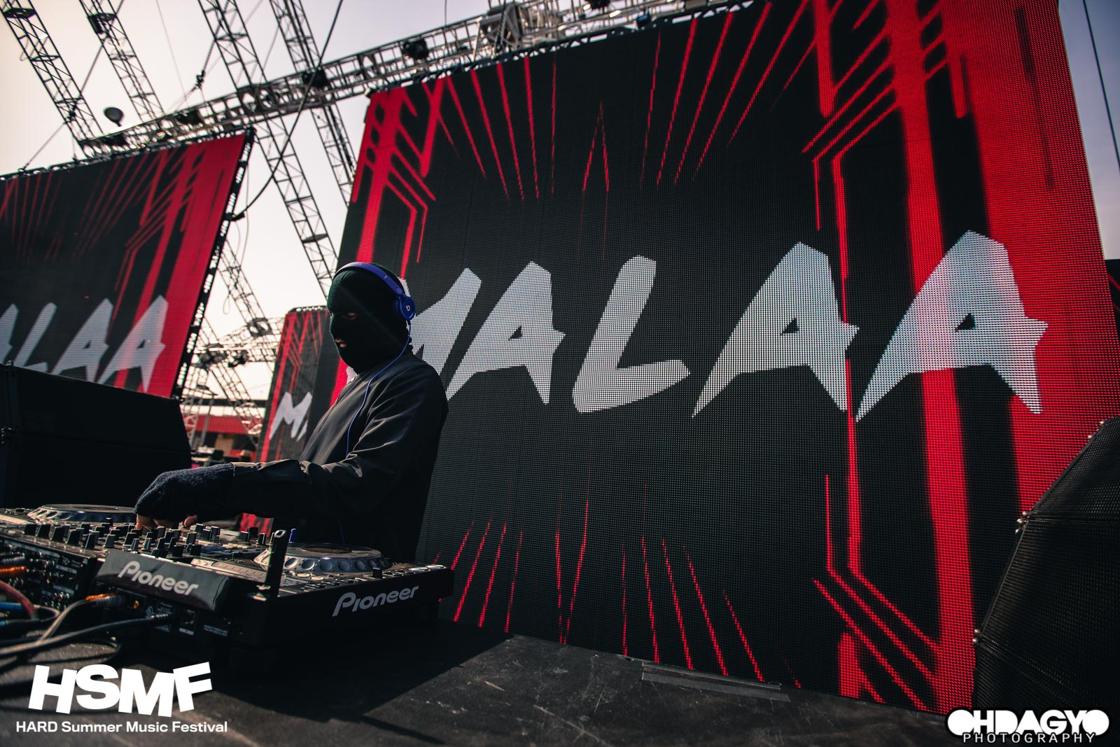 MALAA performing at Hard Summer Music Festival
