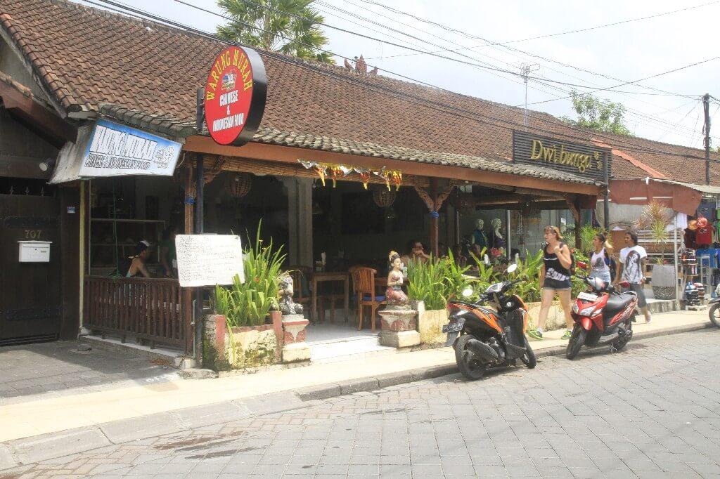 Warung Murah Double Six Kuta