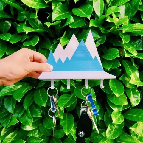 3d printed keyholder in the shape of a mountain range