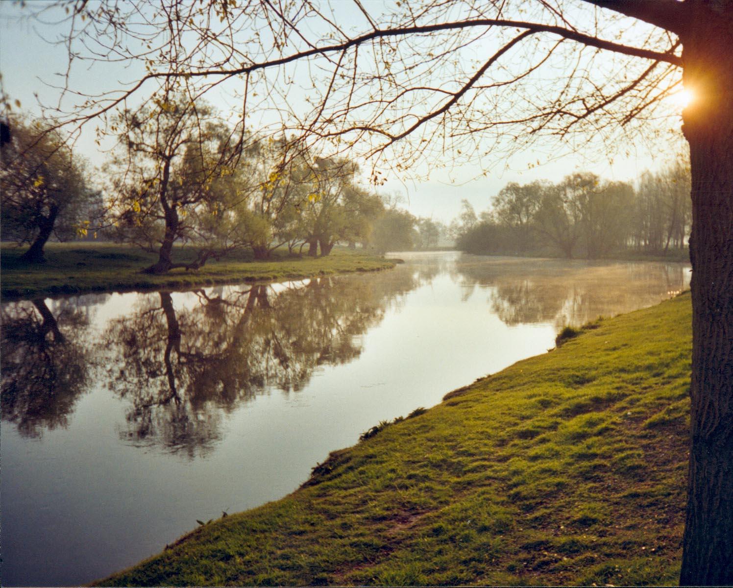 Lever de soleil sur l'Eure(1).jpg