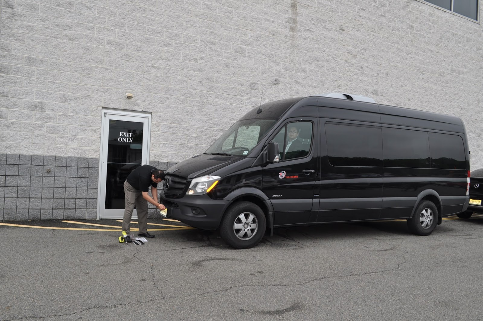 We recommend you to rent a 12 passenger sprinter for your wedding party and traveling