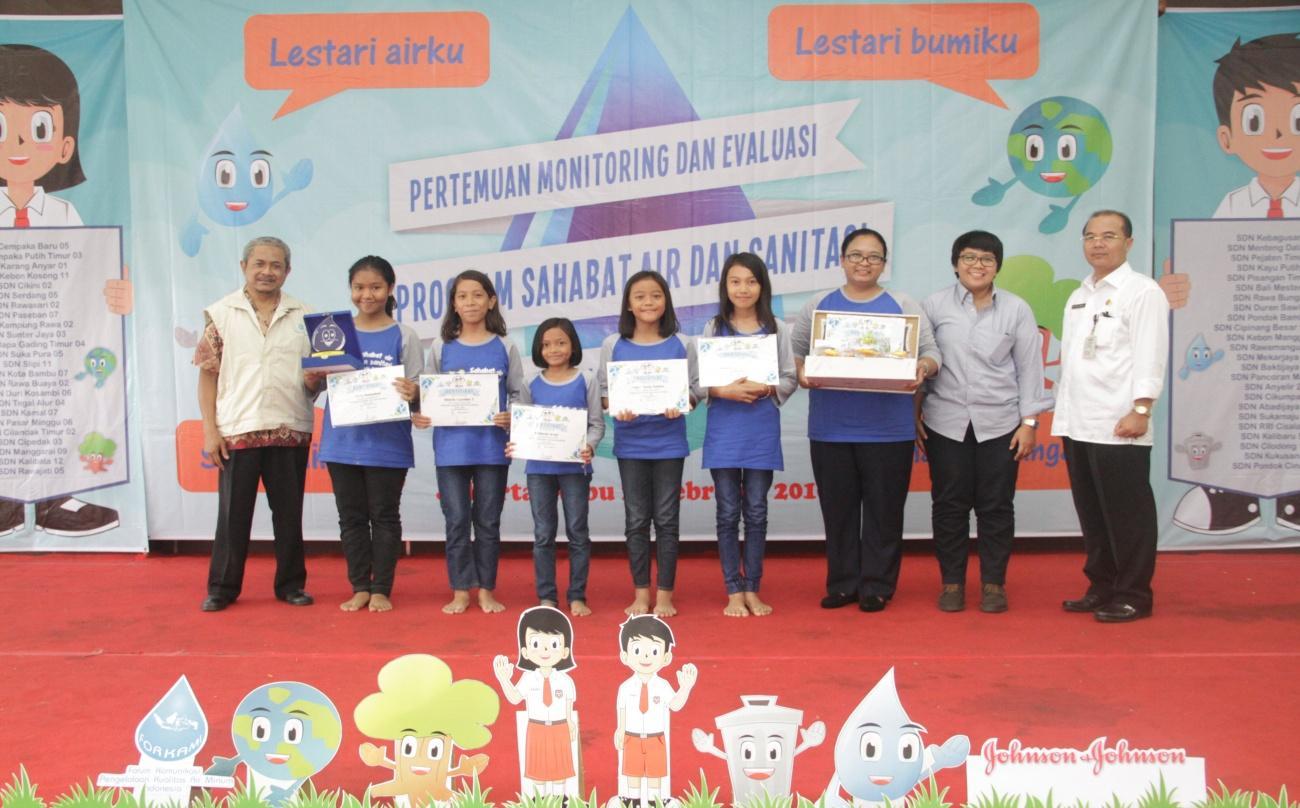 Sekolah terbaik 3 SDN Kalibata 12 Pg