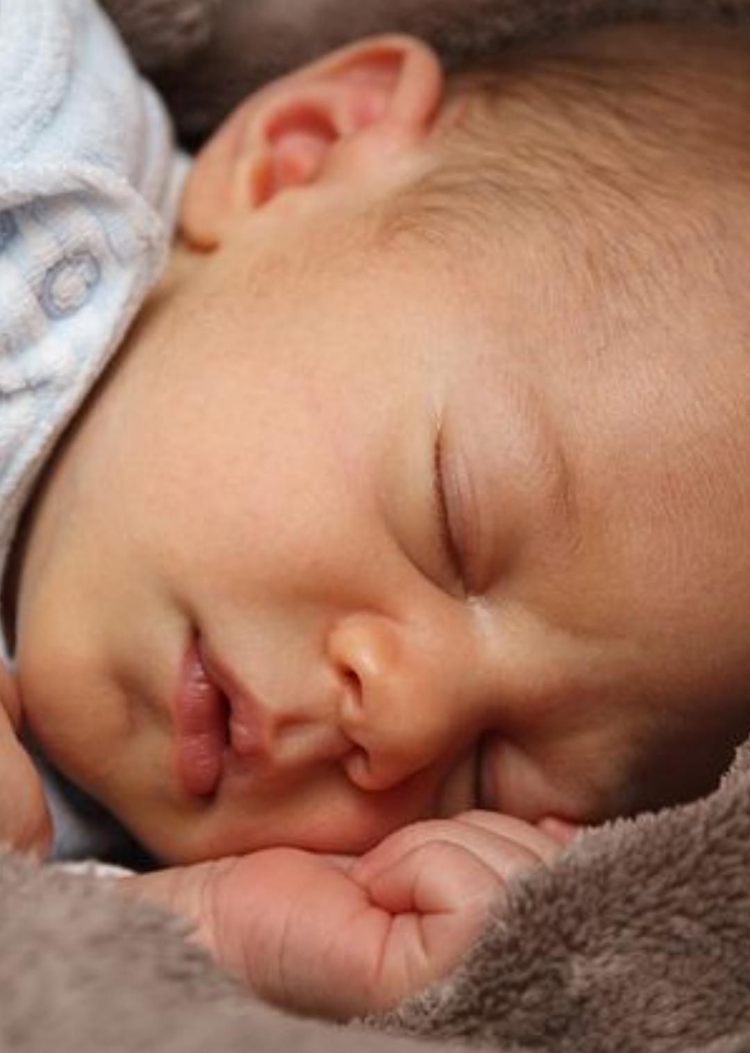 Penyebab bayi muntah