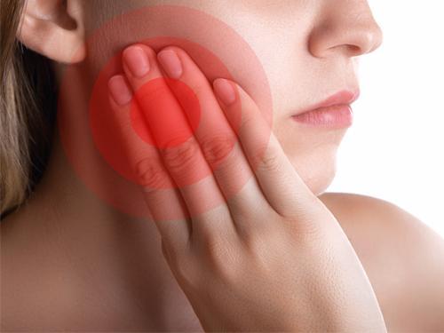 Tác hại không ngờ khi nhổ răng khôn không đúng kỹ thuật