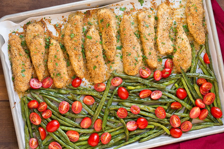 one-pan-roasted-garlic-parmesan-chicken-and-green-beans5-srgb..jpg