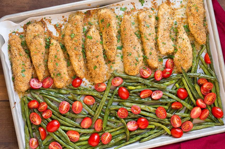 one-pan-roasted-garlic-parmesan-chicken-and-green-beans5-srgb..jpg