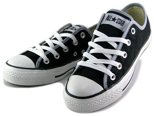 Converse Black White