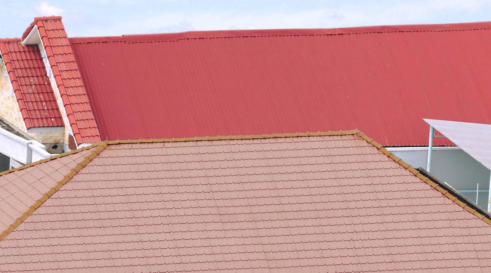 Phụ kiện bắn mái tôn là phần thiết yếu khi lắp đặt tôn