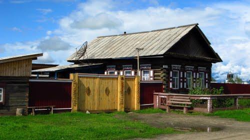 Дом в селе Тунка