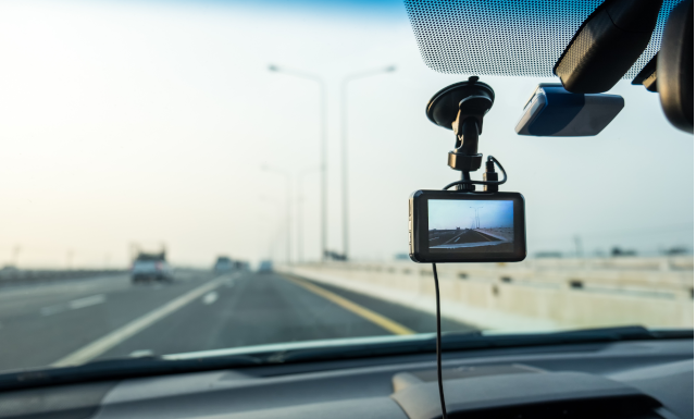 How to choose the right Dashcam or In-Car Camera | reichelt.com