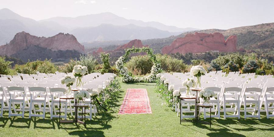 beautiful backdrop for the perfect wedding venue at The Garden of Gods