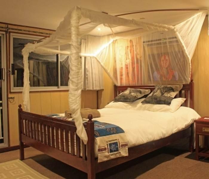 umbozha-doublebed-cabin.jpg