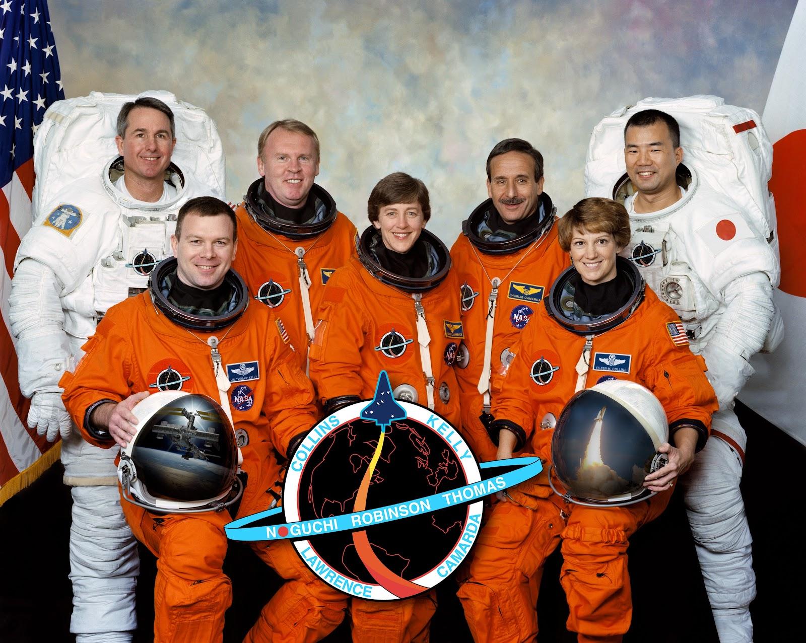STS-114_crew.jpg