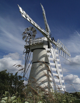 Thurne Dyke Pump.png