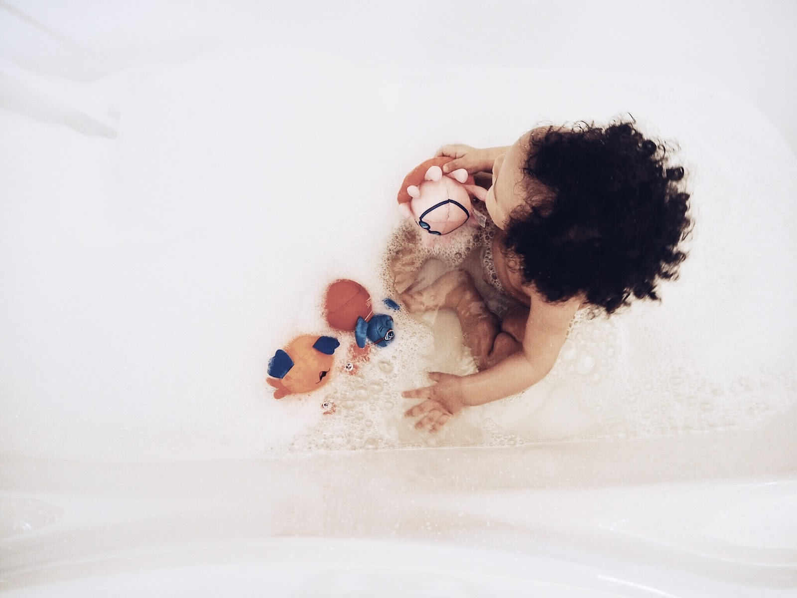 7 safe ways to bathing baby in the tub