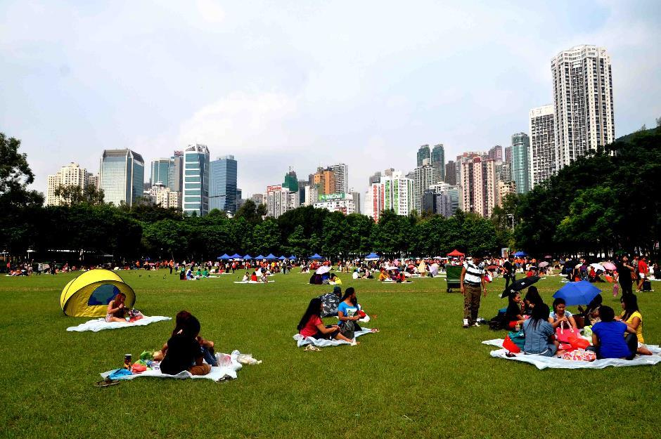 Hasil gambar untuk victoria park hongkong