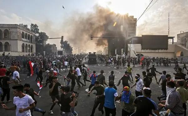 Protestas-en-Iraq-Medio-Oriente-autoridades-policía-protesta-