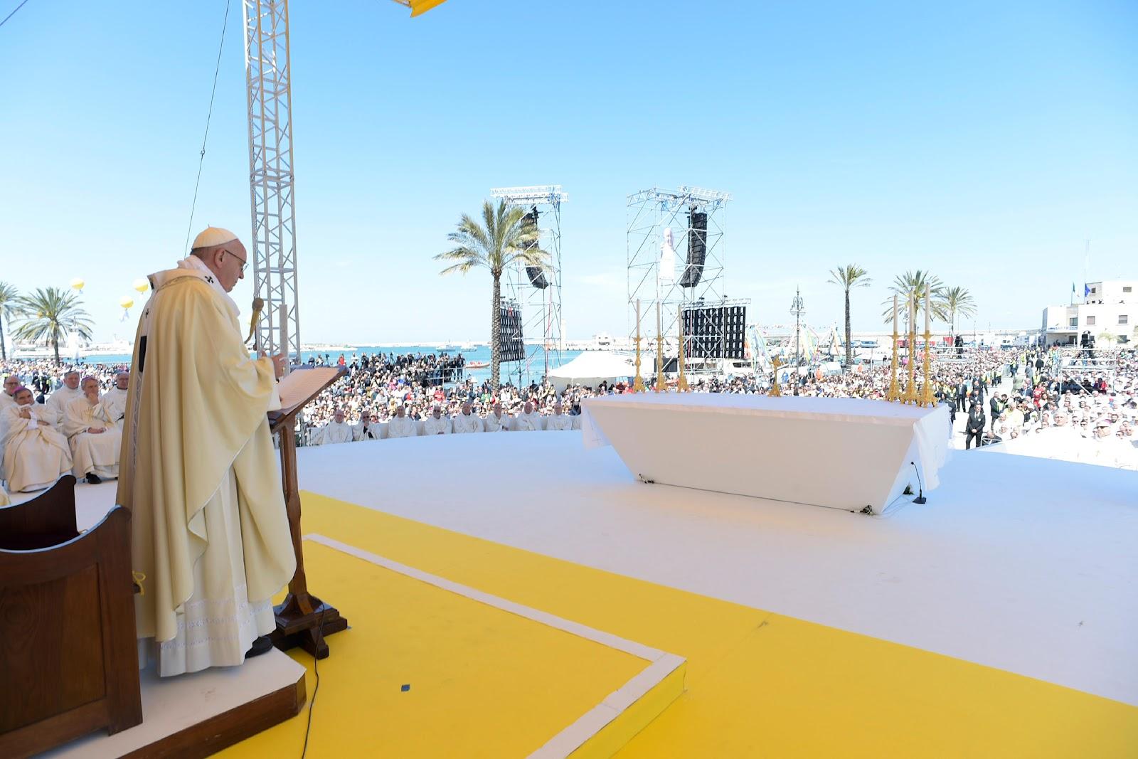 Bài giảng của Đức Thánh Cha Phanxico ở Molfetta