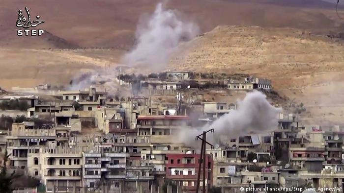 تعيش سوريا نزاعا دمويا دخل عامه السادس دون مؤشرات عن حل سياسي قريب