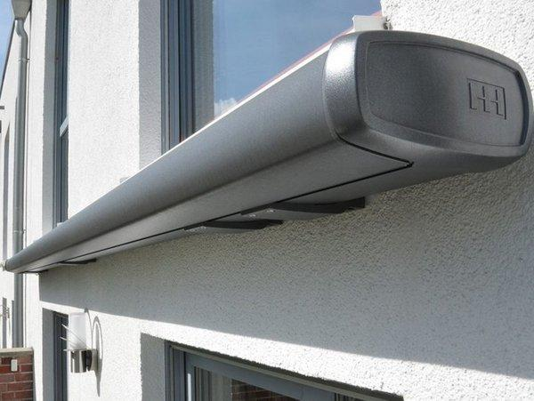Cassette awning
