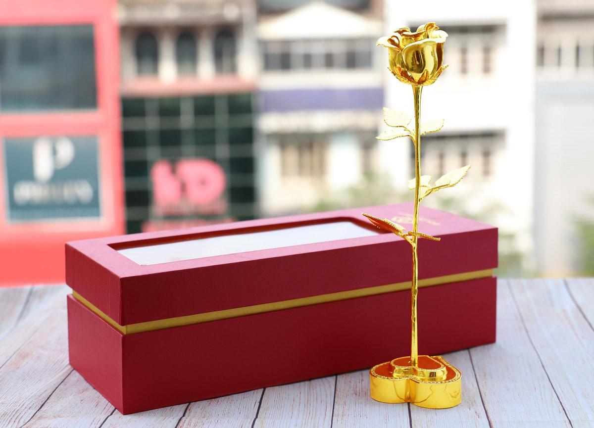 Gợi ý những món quà lấy lòng phái đẹp dịp 8-3 năm nay - Ảnh 2