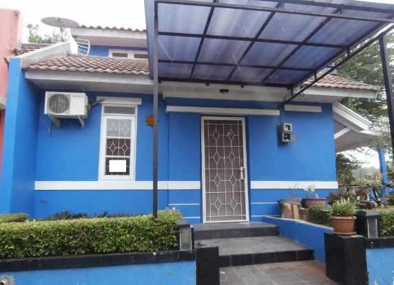 warna cat rumah minimalis tampak depan biru muda