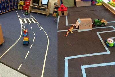 Ruas feitas com fita crepe, para montar cidades e brincar com construção ou carrinhos.