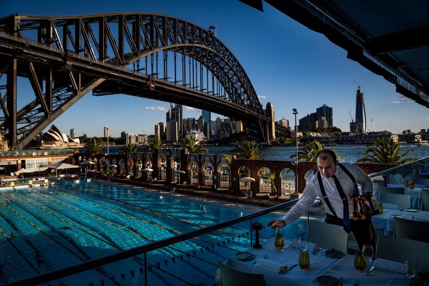 Australia Says Goodbye to the World's Longest Boom - The New York Times