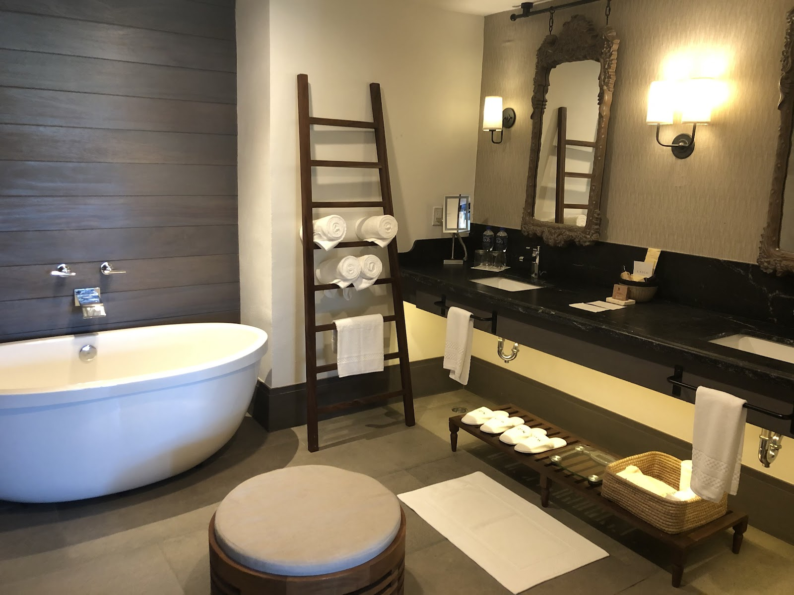 Estancia Suite Bathroom