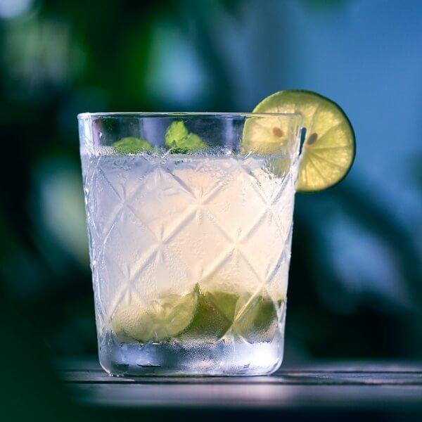 調酒教學-Vodka-lime-萊姆伏特加