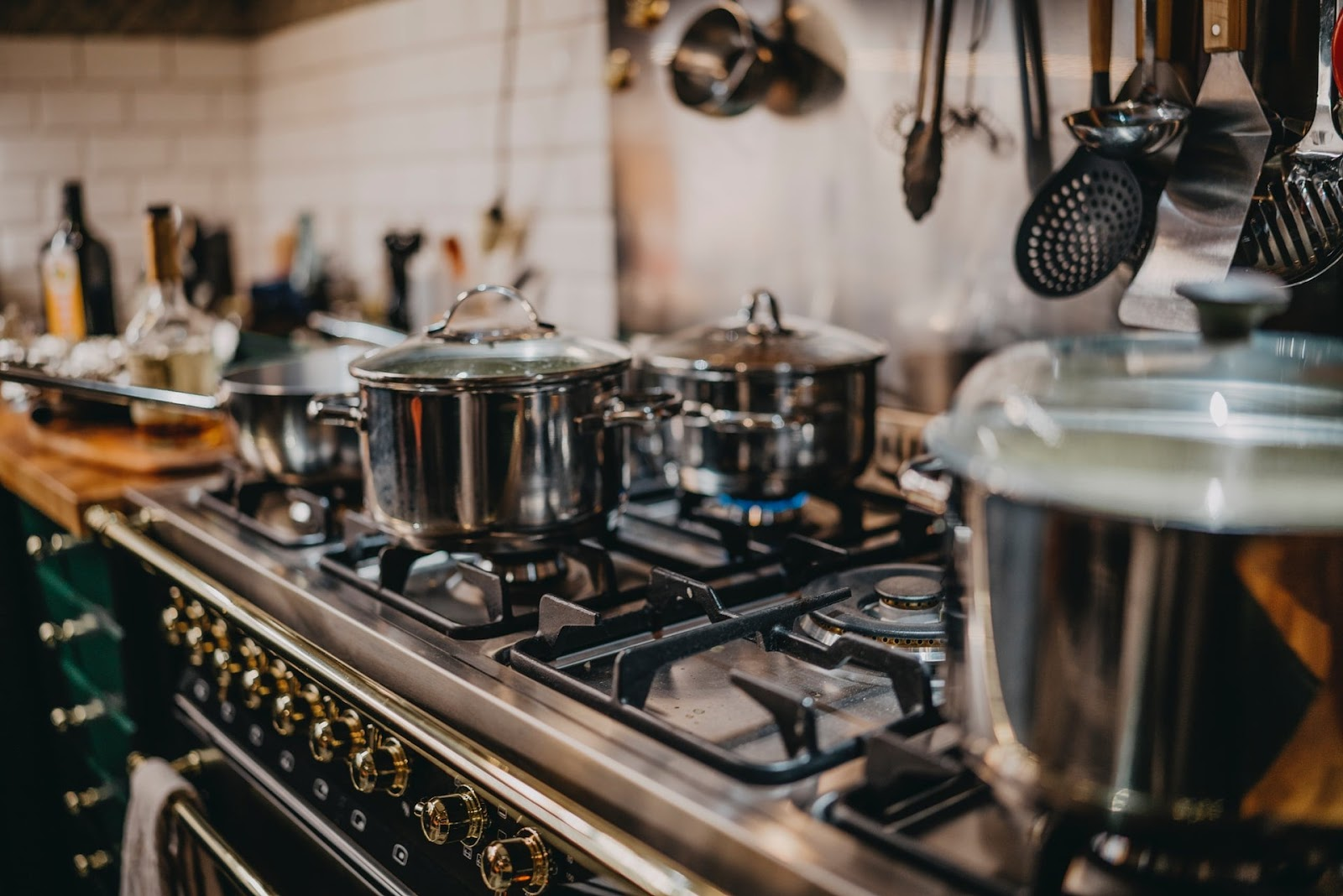 Use energy efficient appliances like pressure cookers to create a sustainable green kitchen.