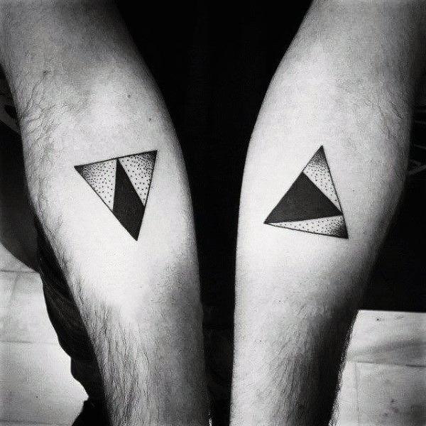 ลายสักสามเหลี่ยมผู้ชาย 03
