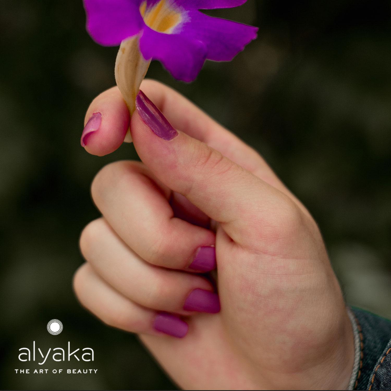 Fuchsia Nail Color