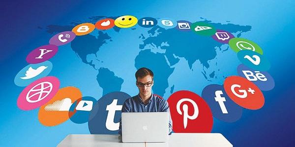 Tích hợp liên kết mạng xã hội