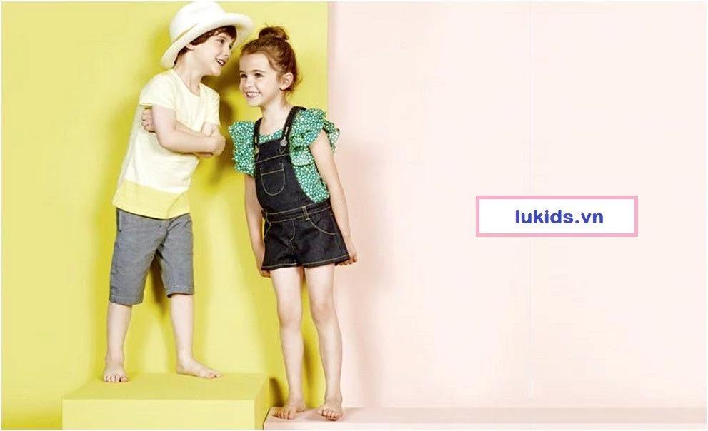 Một số vấn đề về việc kinh doanh quần áo trẻ em online