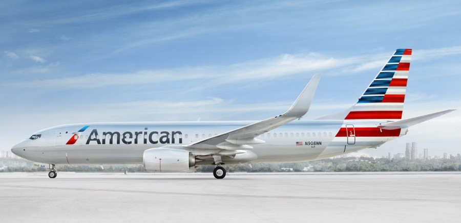 American-Airlines-plane-on-ground-2.jpg