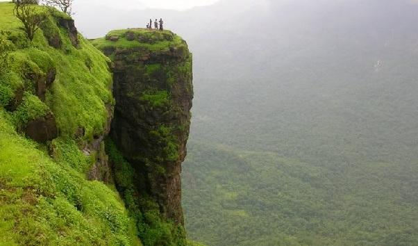 14 Best Places to Visit in Maharashtra for Honeymoon in 2020
