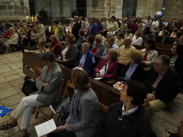 Fieles en la misa de Santa Rosa de Lima