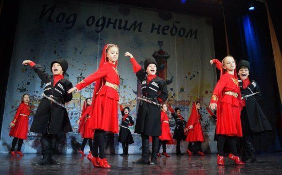 ансамбль танцевальной студии Нарт