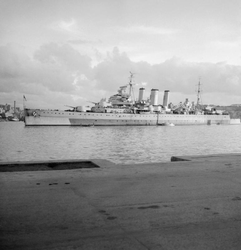 HMS Cumberland (57).jpg