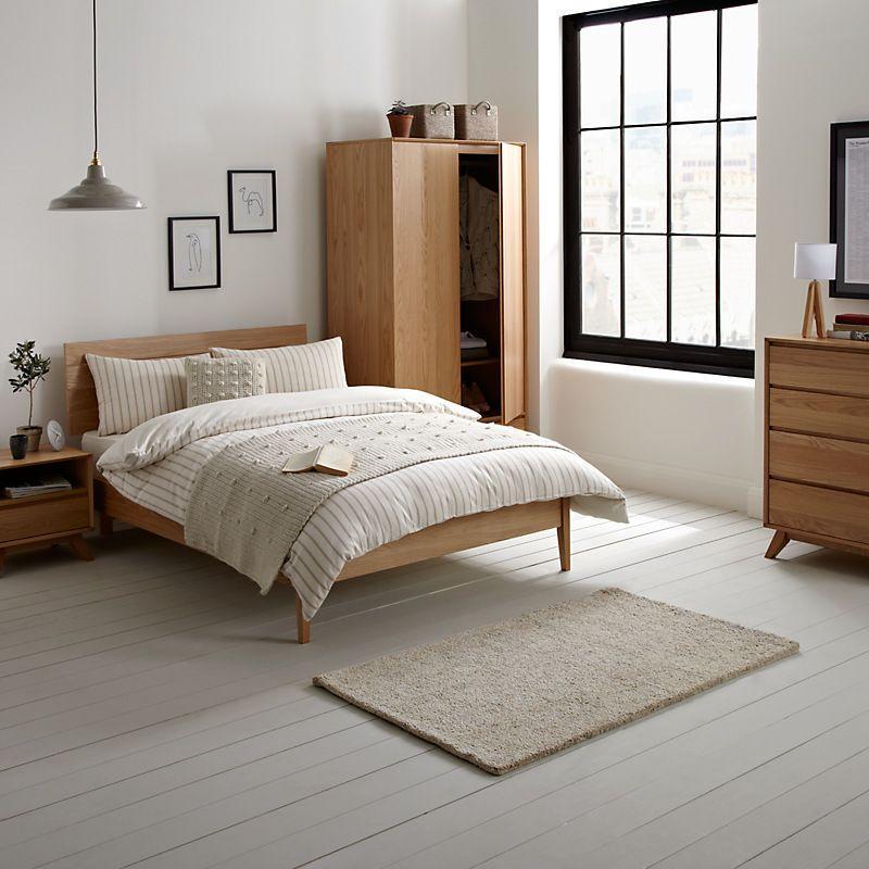 Nội thất phòng ngủ đơn giản mà đẹp với chất liệu gỗ tự nhiên