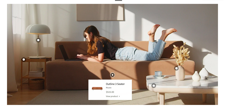 最大の特徴は画像に商品タグをつけ、ポップアップで商品ページを開くセクションです。商品を使用している画像に商品タグを追加することで、ユーザーは各商品の使用シチュエーションを想像しやすくなります。