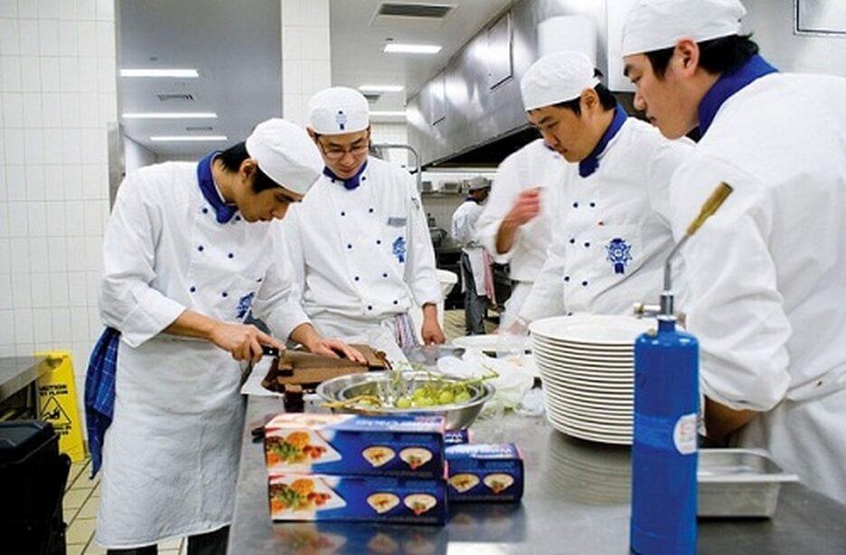 Đầu bếp - ngành du học nghề Đức hot tại Bắc Ninh