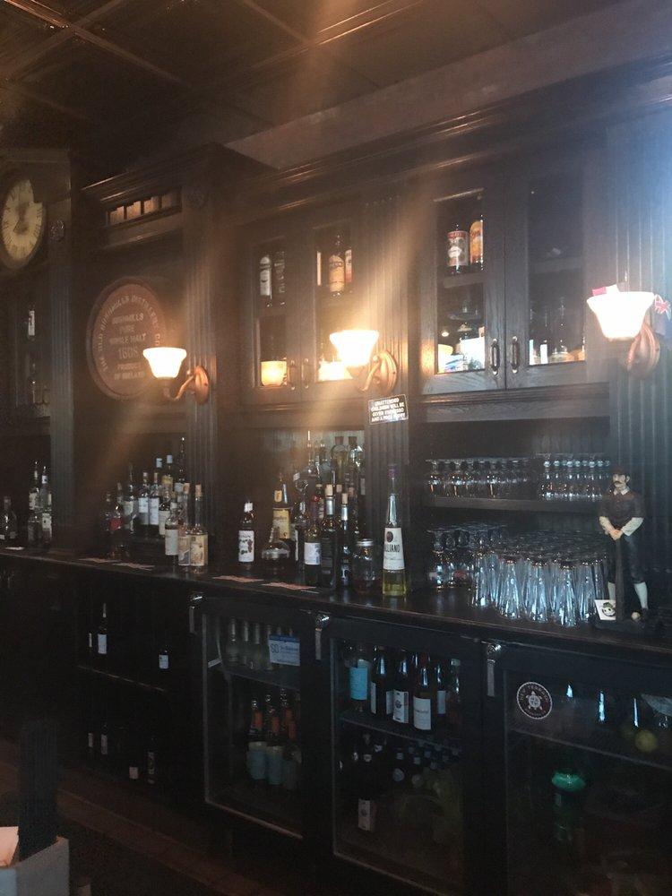 Casey's Bistro & Pub