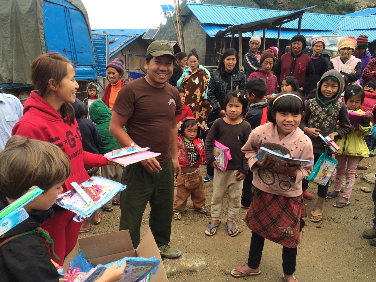 Distribution of School supplies in Suden IDP camp