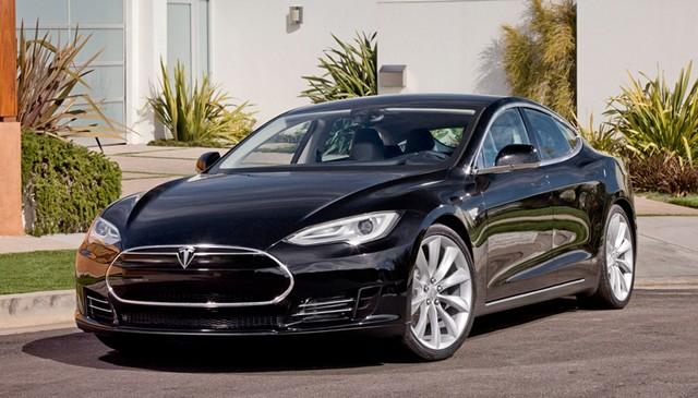 Tesla-model-S-noire