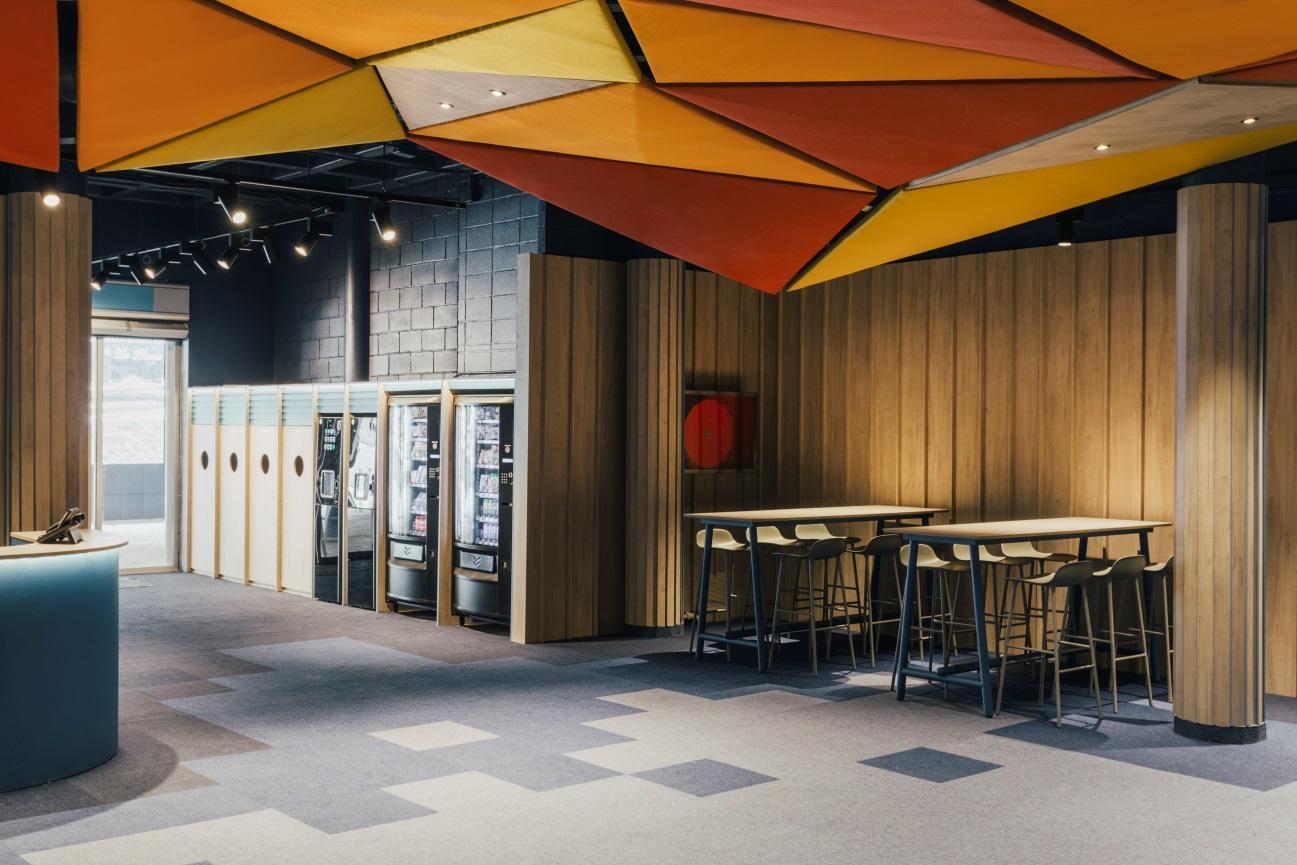 Y:\Datos\INCIS\FINSA\Contenidos-blog\180405-Grandvalira\Hall Pas de la Casa by Stone Designs 2.jpg