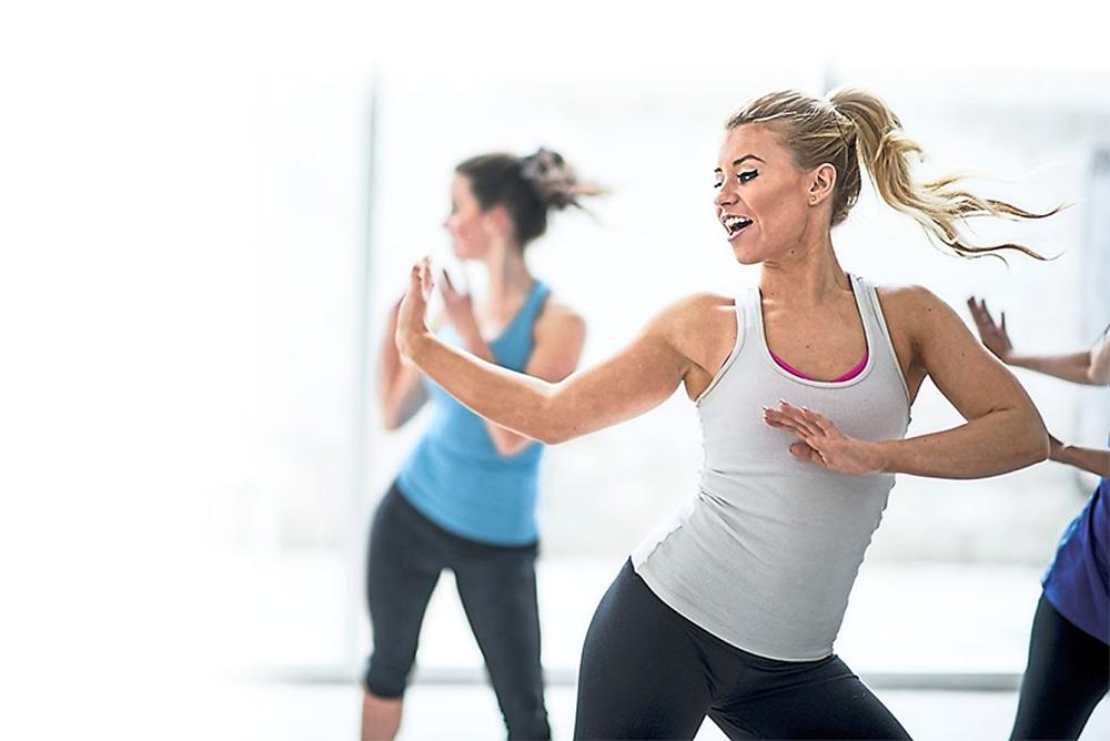 Coronary heart disease, women and heart disease, female heart symptoms, preventing heart disease, exercise, workout, Star2.com