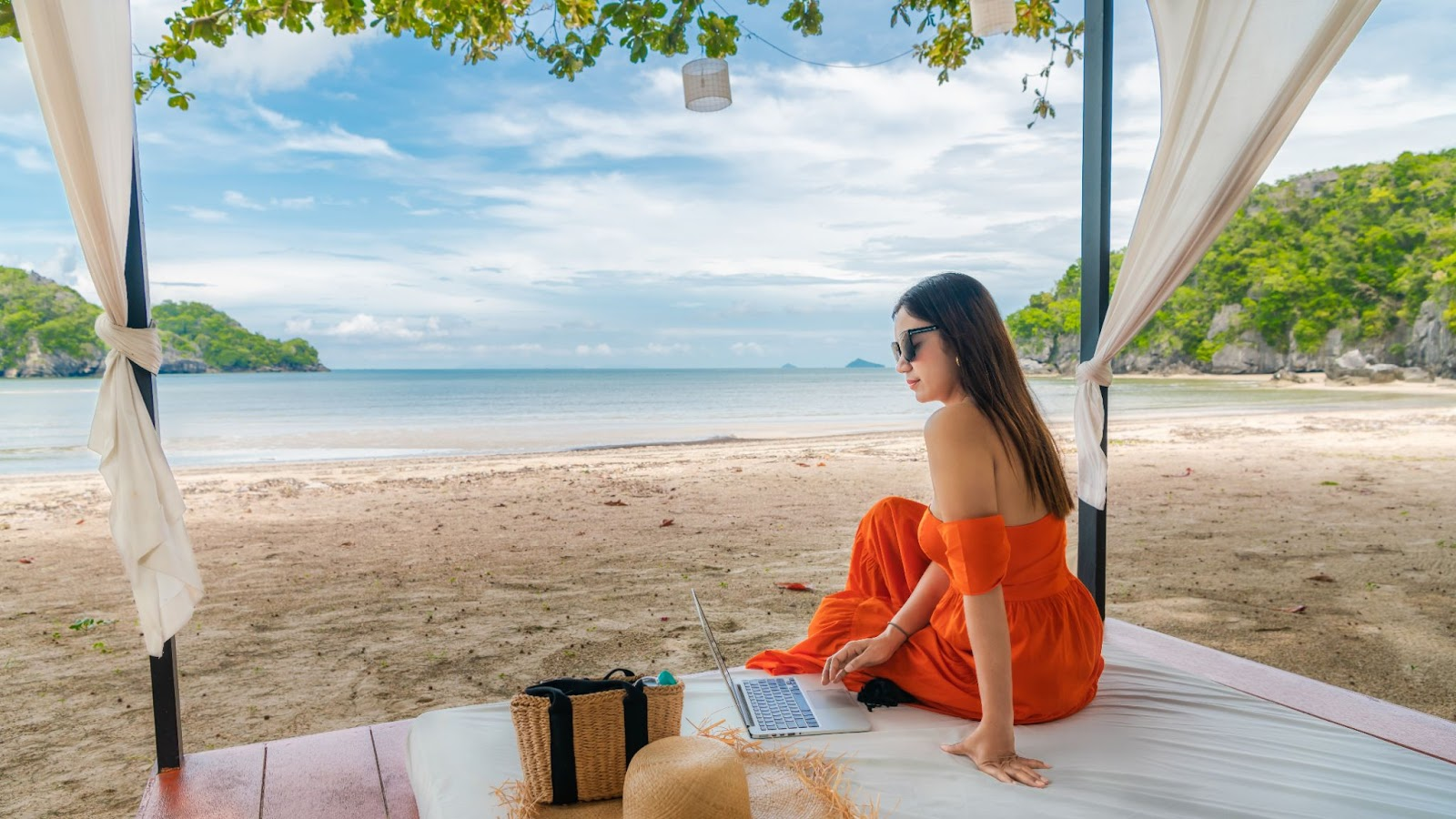 Living and working in Thailand has many mental health and wellness benefits